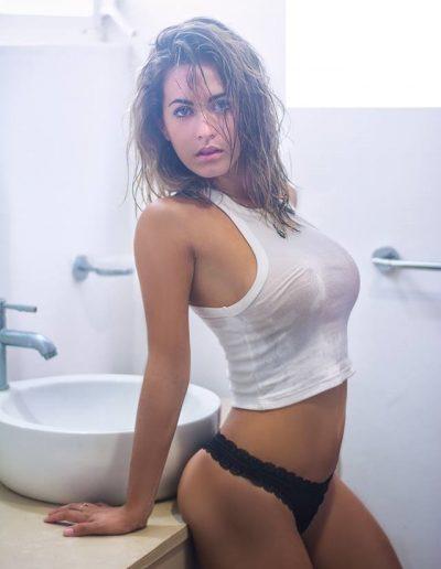 Analía (21)