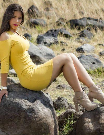 Joselin T (29)