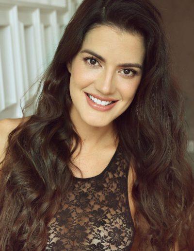 Laura P (21)